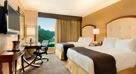 Pittsburgh hotel rooms suites wyndham grand pittsburgh downtown accommodations for 2 bedroom suites in pittsburgh pa